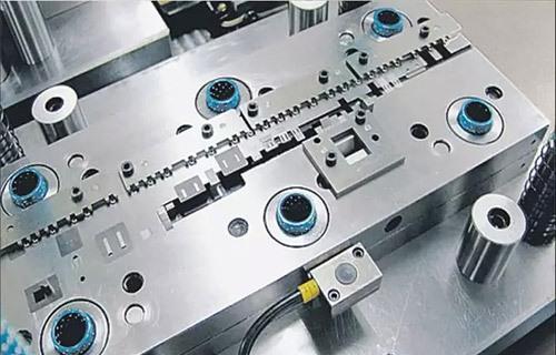 ca亚洲城88官网,冲压模具制造,精冲加工,连续冷挤压,工业机器人集成应用,ca亚洲城88官网
