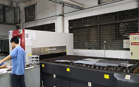 三菱 激光切割機 ML3015eX.jpg