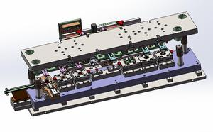 串激电机整流子自动化挤压模具+送料机械手
